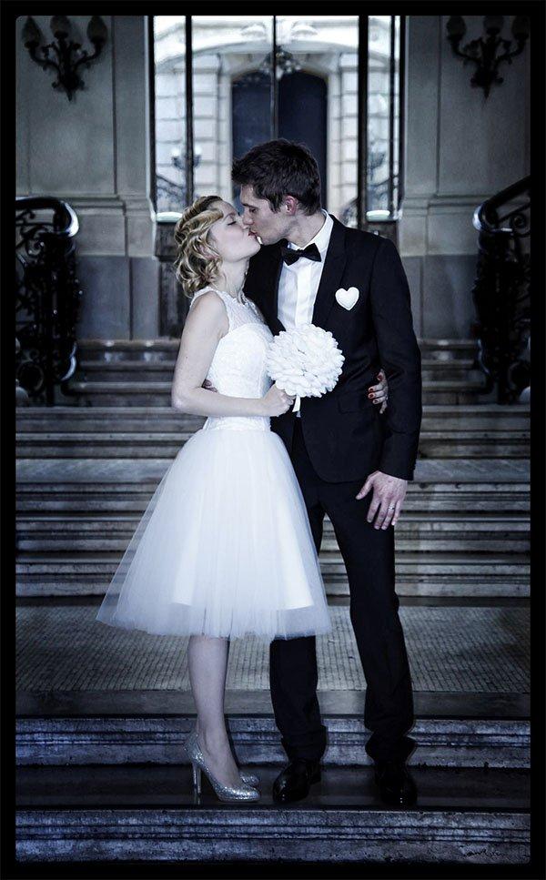 baiser mariage mairie de paris