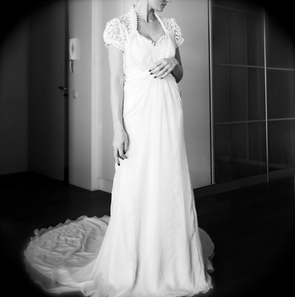 ma twin bride et sa robe (je veux dire THE robe!! wow)