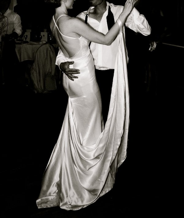 robe de mariee sur mesure fluide Nice