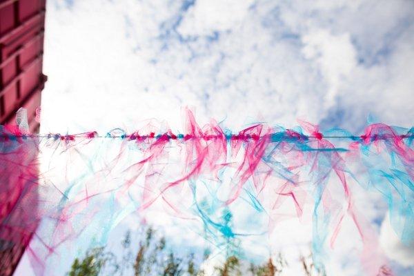 guirlande mariage rose et bleu