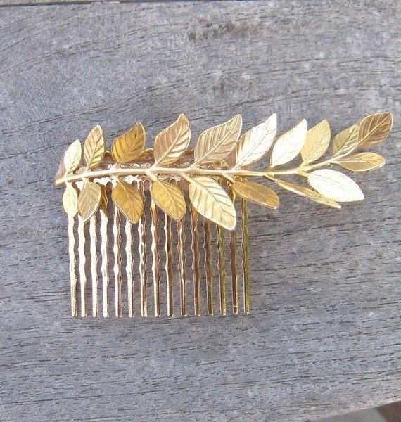 peigne à cheveux en forme de feuille dorée