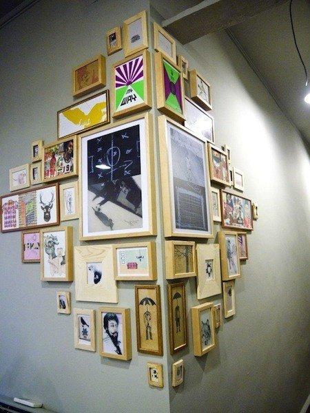 cadres-photos-angle-mur
