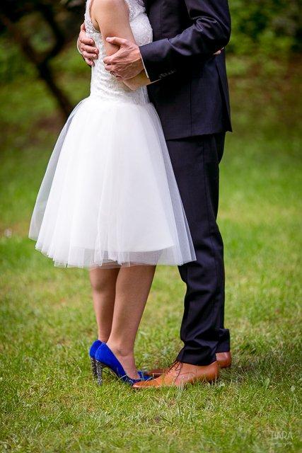 seance couple mariage civil jaune et bleu