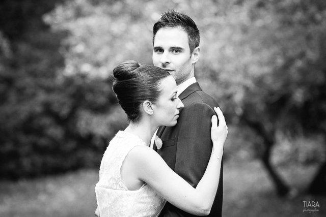 seance-couple-mariage-civil-tiara-photographie (11)