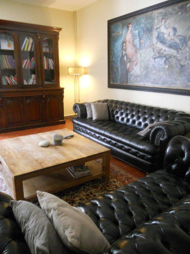 des chambres d 39 h tes en languedoc roussillon ambassadrice languedoc roussillon with a love. Black Bedroom Furniture Sets. Home Design Ideas