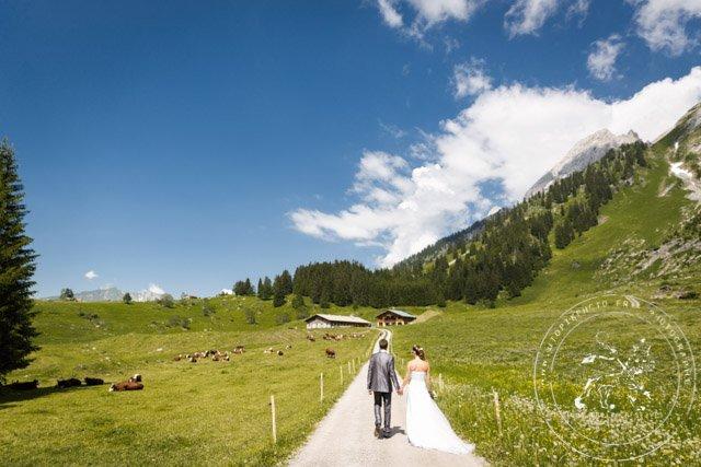 un-mariage-en-montagne-ceremonie-engagement-nature (28)