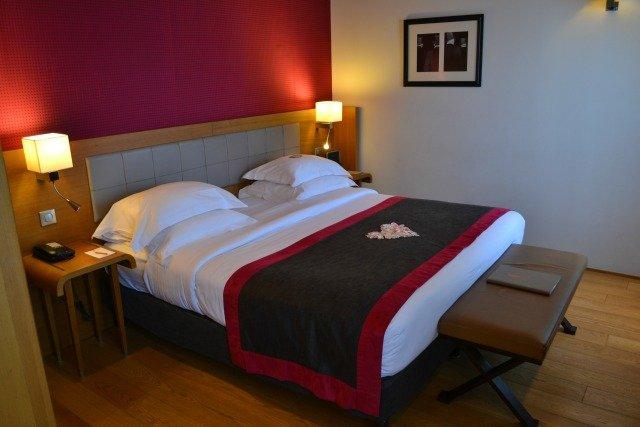 chambre-hotel-le-six-paris-nuit-en-amoureux