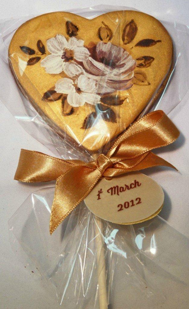 vintage-gold-cookie