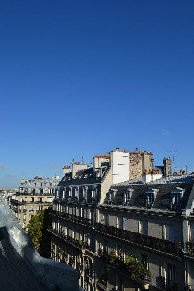 vue-hotel-le-six-toits-paris