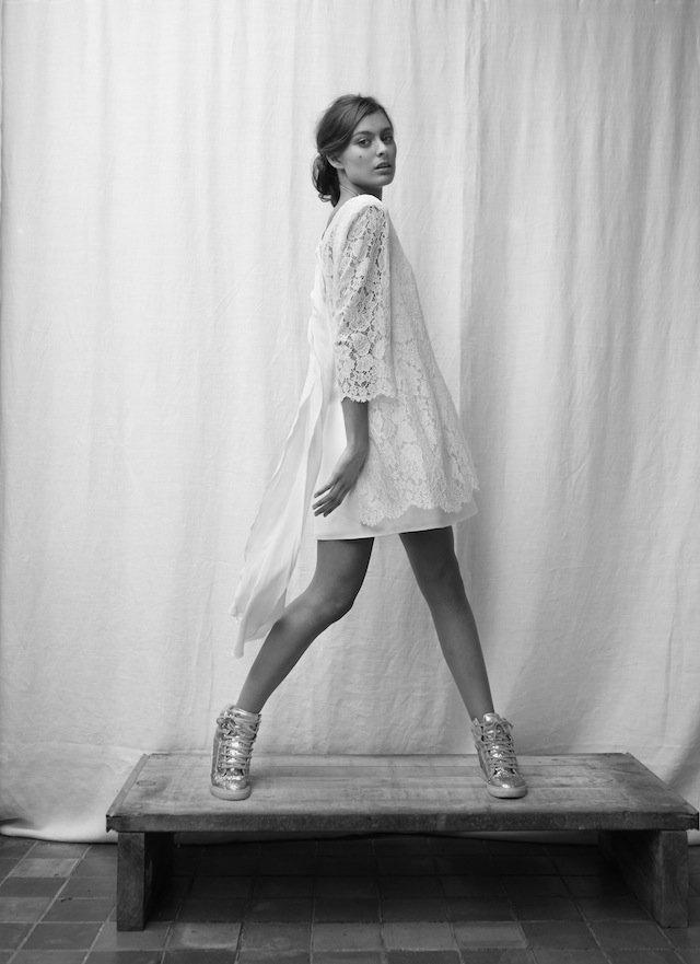 robe de mariée courte elegante