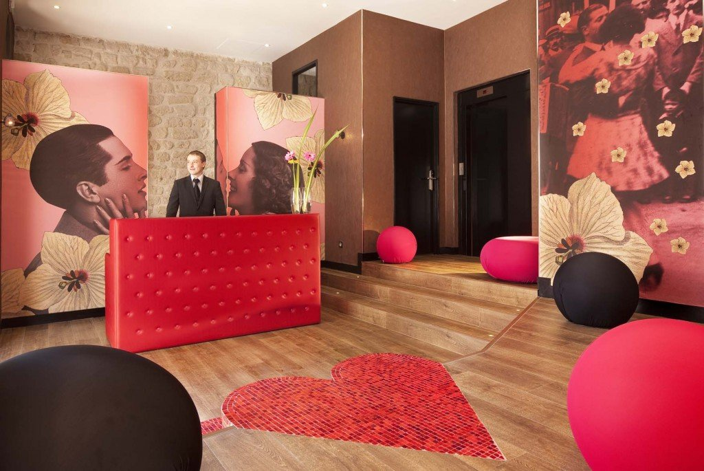 Une nuit montmartre l 39 h tel montmartre mon amour for Hotel design paris 8eme