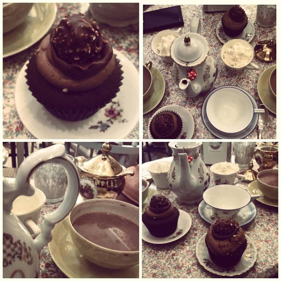 Garden cupcakes ambassadrice poitou charentes with a for Salon de la bd angouleme
