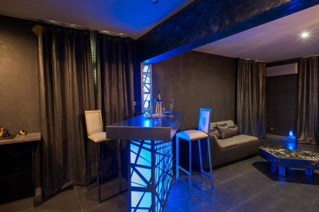 le silver appart une nuit en amoureux ambassadrice languedoc roussillon with a love. Black Bedroom Furniture Sets. Home Design Ideas