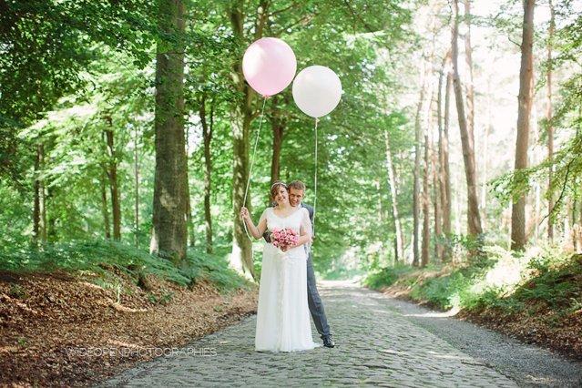 un mariage en mint et rose en belgique par wide open photography