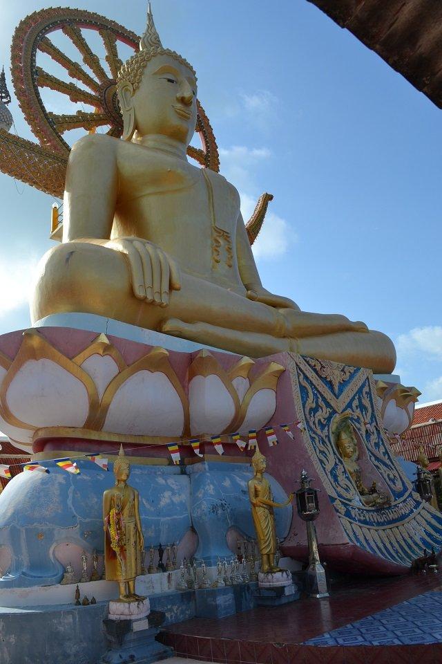 temples bouddhistes koh samui thailande