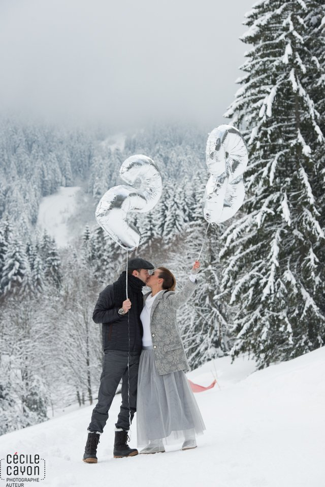 seance-amoureux-neige-hiver-chartreuse-rhones-alpes-cecile-cayon (13)