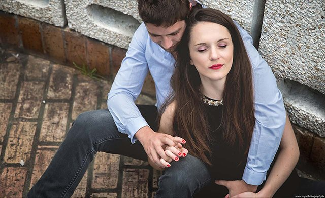 seance-photo-amoureux-engagement-bordeaux-mya-photography (3)