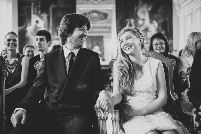 un mariage civil à l'ambiance rétro à Paris par winterbirds photography