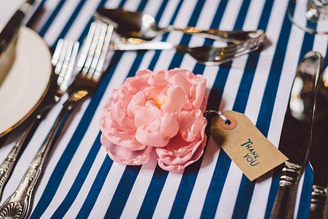 mariage-bord-de-mer-theme-nautique-rayures-gather-and-tides-nautical-wedding (29)
