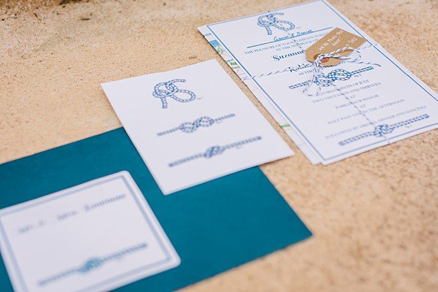 mariage-bord-de-mer-theme-nautique-rayures-gather-and-tides-nautical-wedding (5)