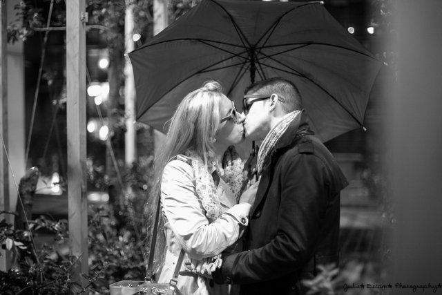 seance-photo-couple-paris-nuit-julie-becam (7)