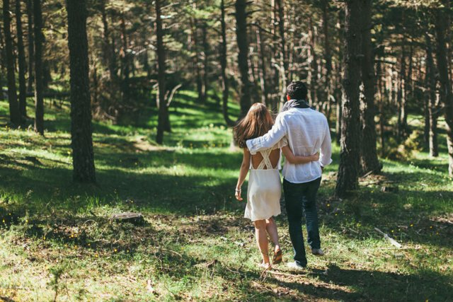 seance_engagement_foret_montagne_reego_photographie-14