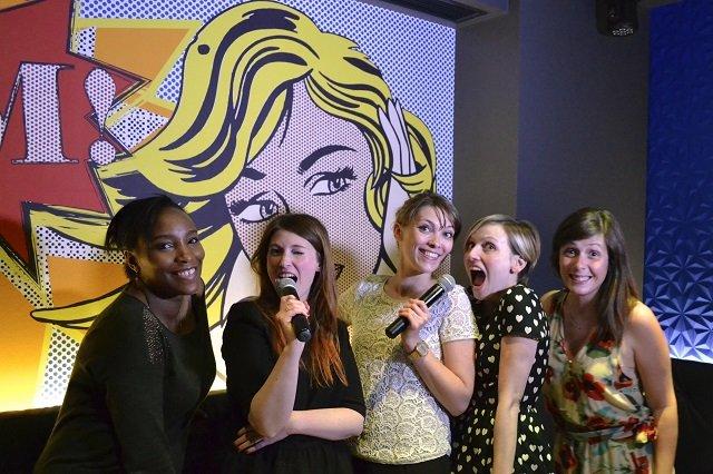 test de karaoké pour EVJF enterrement de vie de jeune fille par les spycats / mon avis sur withalovelikethat.fr