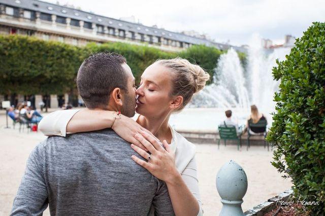 seance-engagement-paris-pont-des-arts-louvre-chien-animal-de-companie-freddy-fremond (22)
