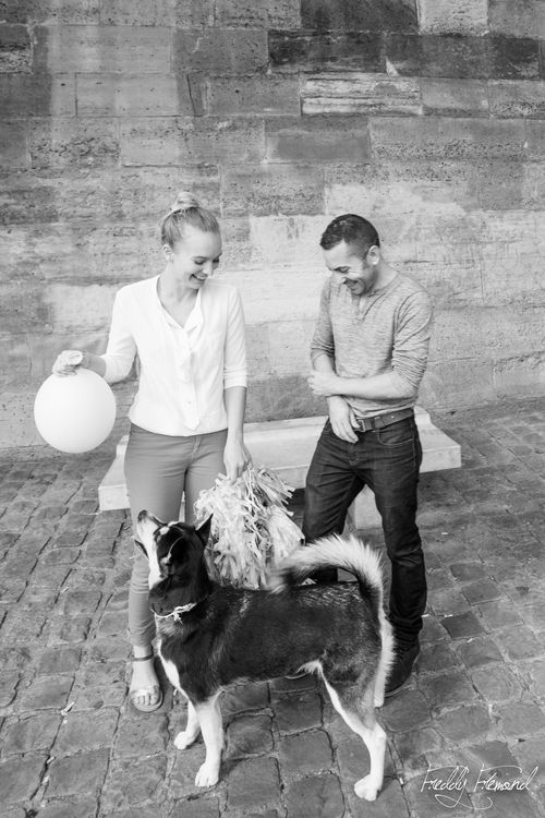 Séance engagement avec animal de compagnie - photographe Freddy Fremond - + sur withalovelikethat.fr
