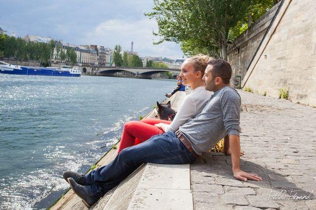 Séance engagement avec animal de compagnie - photographe Freddy Fremond - + sur withalovelikethat.fr