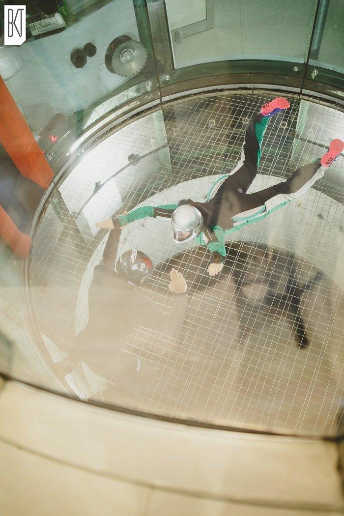 Test EVJF / EVG avec les spycats à l'Aerokart pour un combat de sumo, du karting,  et de la chute libre. + sur withalovelikethat.fr / photo et video par bkt films