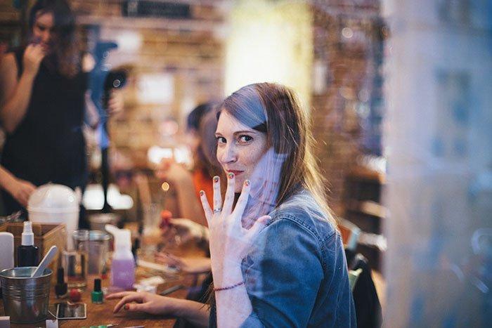 Idée EVJF à Paris le Nail Club / testé par les spycats (5 blogueuses mariage qui testent les enterrements de vie de jeune fille les plus cools!)