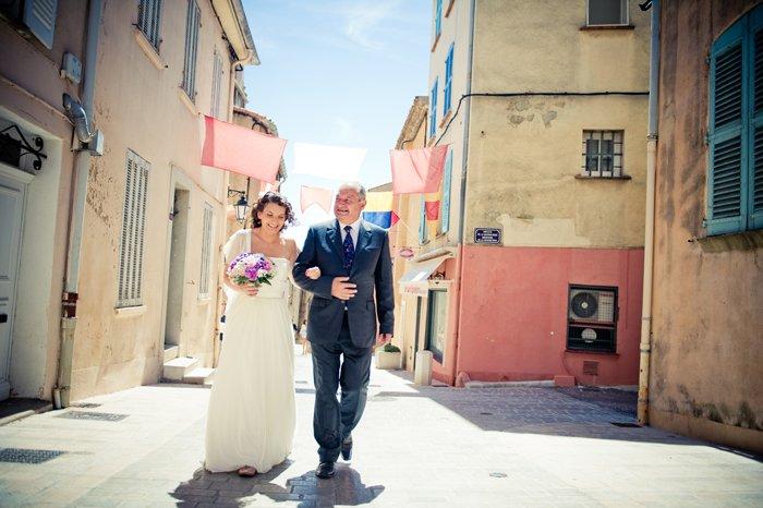 Mariage à St Tropez, plage des jumeaux / photographe sage comme des images / publié sur le blog withalovelikethat.fr