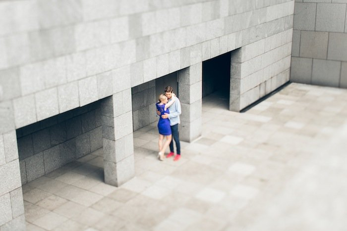 With a love like that vu par Les bons moments photographie / séance photo couple urbaine / publié sur withalovelikethat.fr