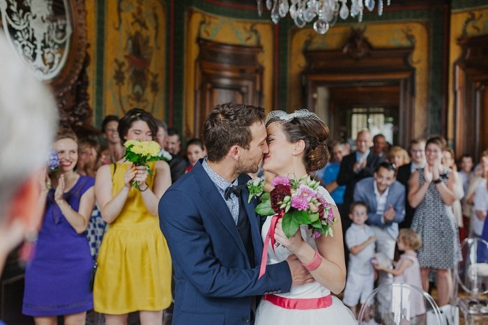 Mariage multicolore Rhone Alpes / photographe Phan Tien / publié sur withalovelikethat.fr