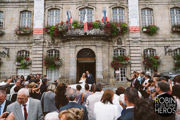 Mariage Auvergne au Puy en Velay / photographe Robin et les super héros / publié sur withalovelikethat.fr