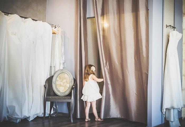 L'essayage de robe de mariée…