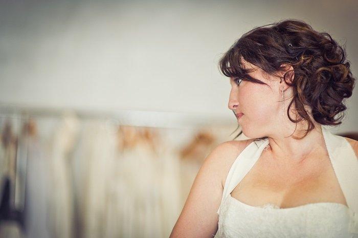 L'essayage de robe de mariée chez confidentiel création / publié sur withalovelikethat.fr