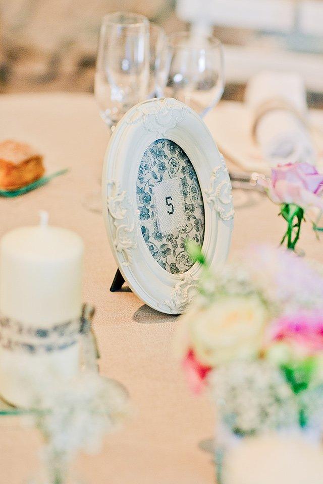 Mariage pastel en provence / photographe Elena Fleutiaux / publié sur withalovelikethat.fr