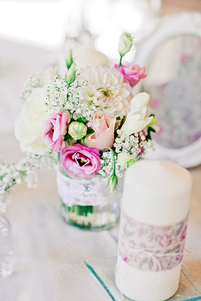 un mariage pastel en provence with a love like that blog mariage famille. Black Bedroom Furniture Sets. Home Design Ideas