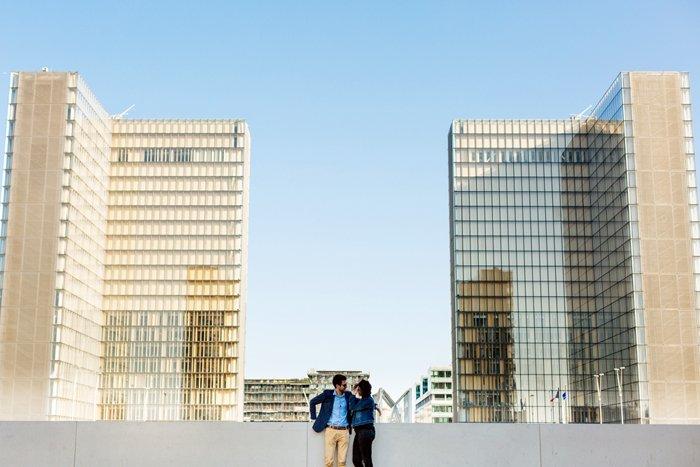 Séance engagement Paris Bibliothèque François Mitterand / photographe neupap / publié sur withalovelikethat.fr