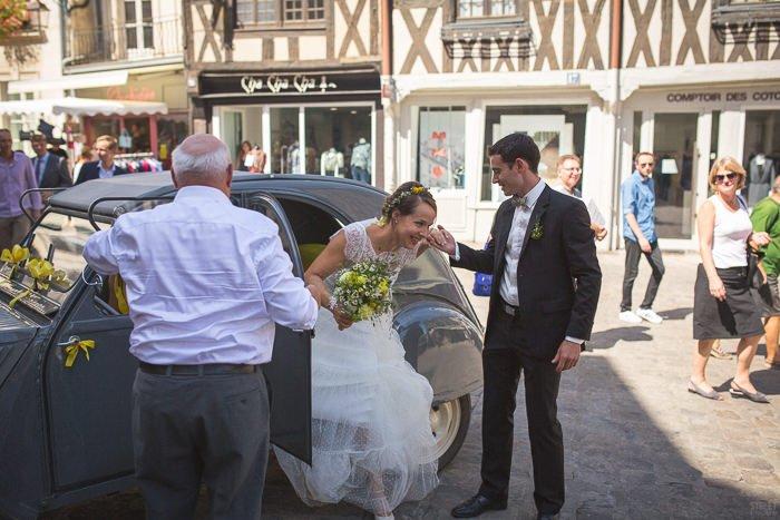Mariage en jaune Bourgogne / photographe streetfocus / publié sur withalovelikethat.fr