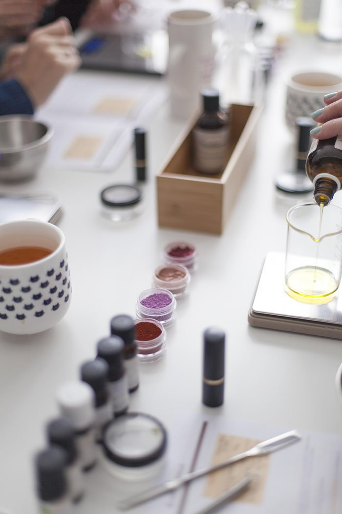 Atelier cosmétique naturelle pour votre EVJF / par les spycats / photographe mlle coton