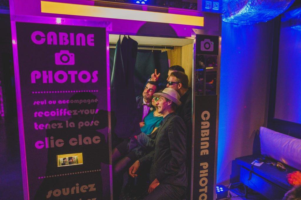 mariage rétro cool / withalovelikethat.fr / cabine photo misterlikethat.fr