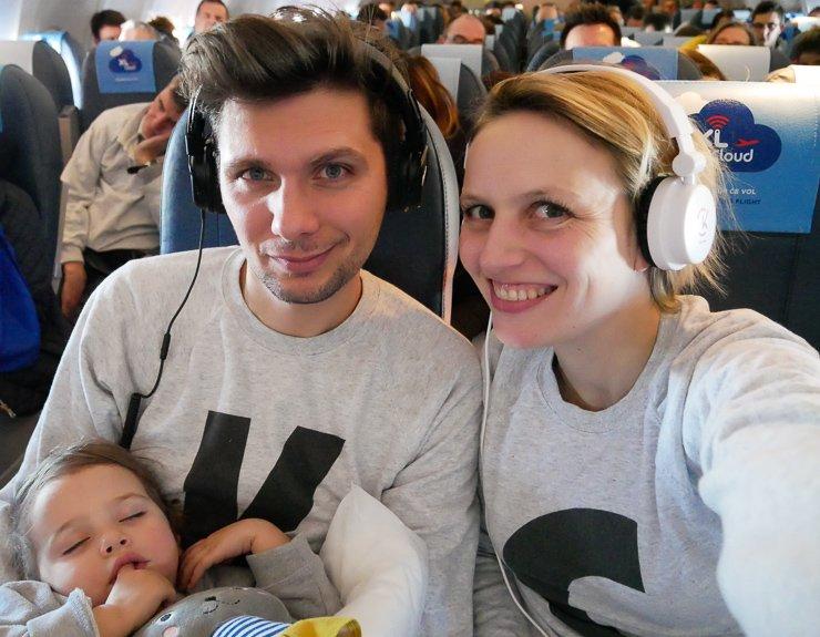 voyager avec un bébé de 18 – 24 mois : l'avion