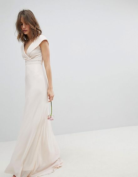robe de mariée col bateau