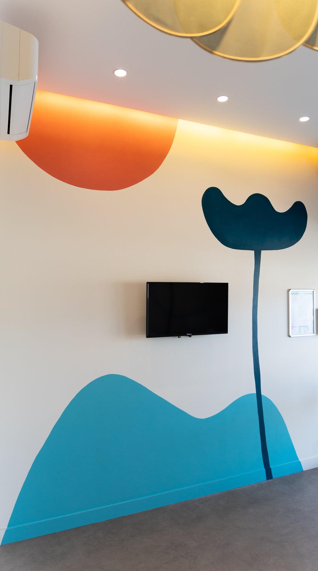 fresque murale sur mesure / salle d'attente médicale / studio like that par withalovelikethat.fr